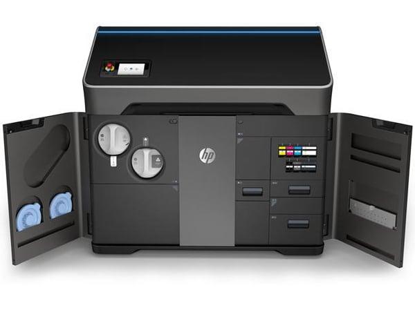 hp-jet-fusion-300-500-series-3d-printers-1